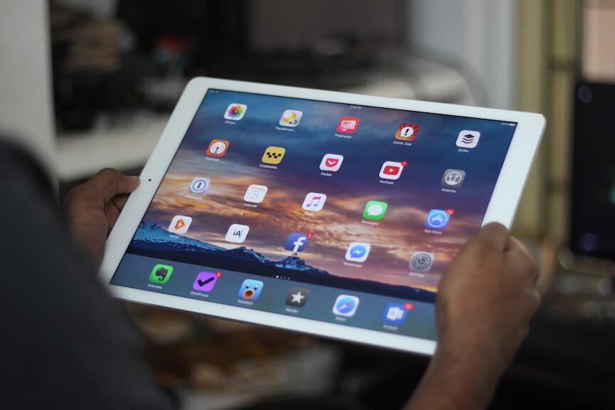 iPadpro-review-techzei-using2